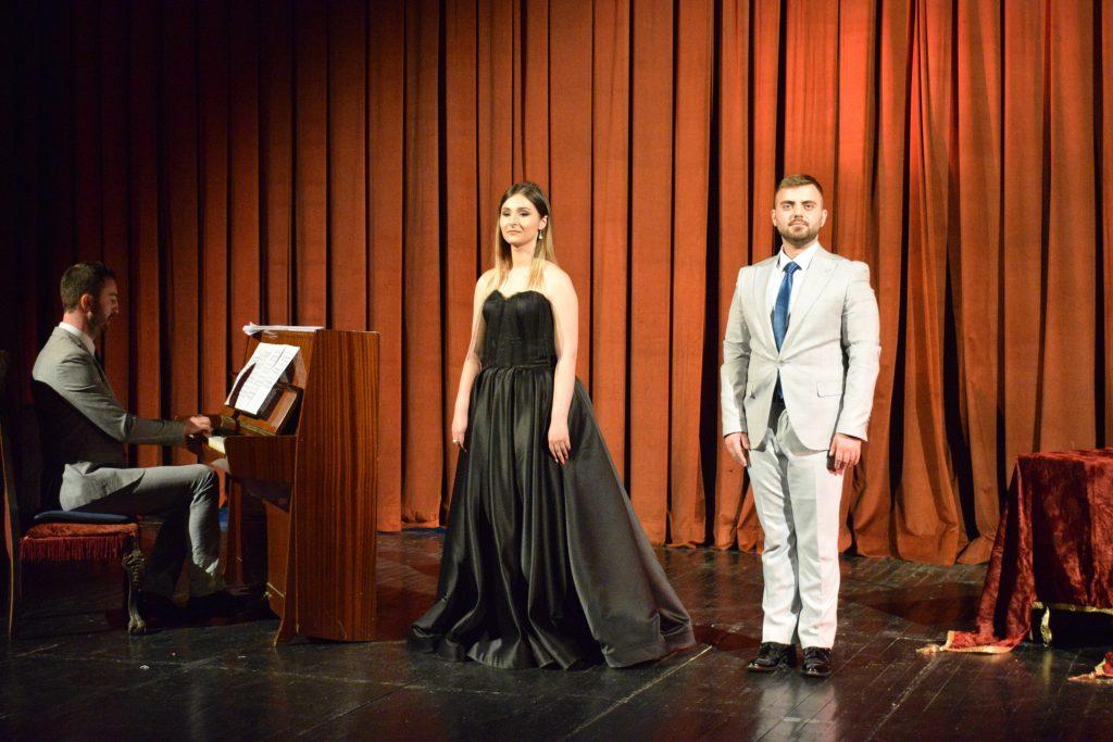 "Koncert ""Përjetime operistike""- Martina Avramoska dhe Vllatko Gruevski"