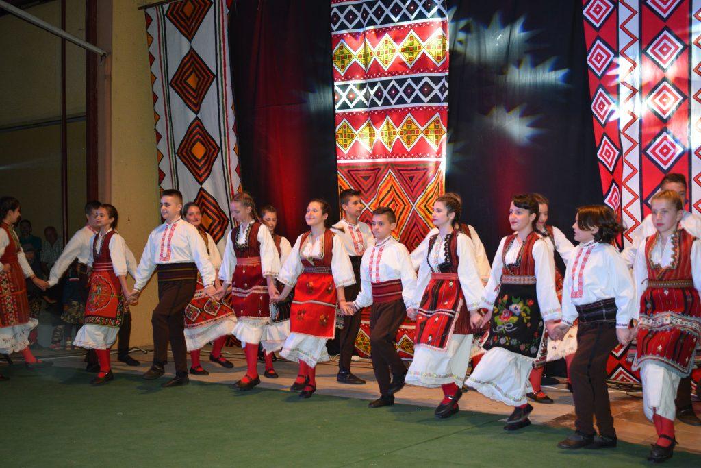 Festivali i 12-të folklorik ndërkombëtar i këngëve dhe valleve popullore