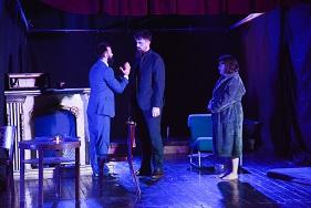 """Shfaqje teatrale: """"Vëllezërit Të parët dhe të fundit """"– John Galsworthy."""