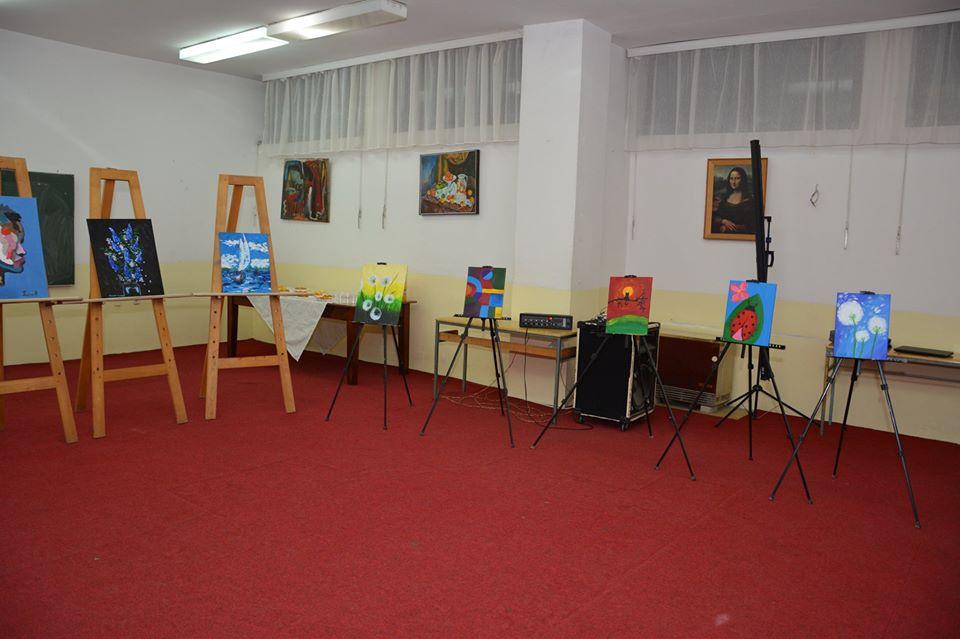 Продажна изложба од ЛулуАрт Студио